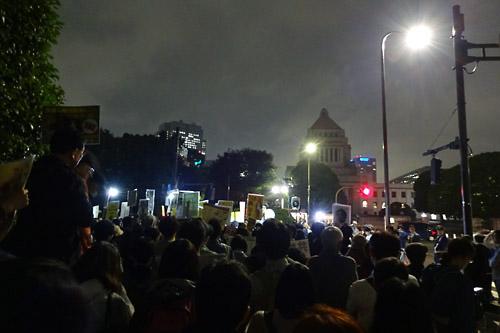 20170613国会正門前01