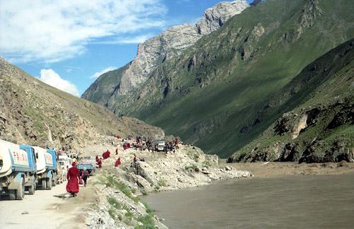 98チベットの渋滞
