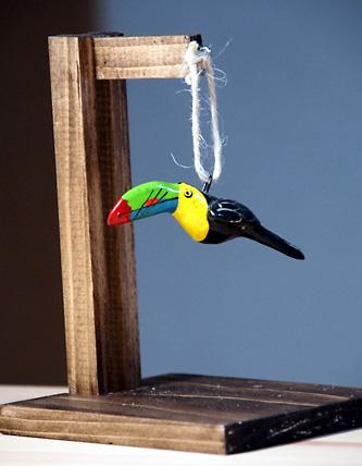 グアテマラ土産の土製鳥