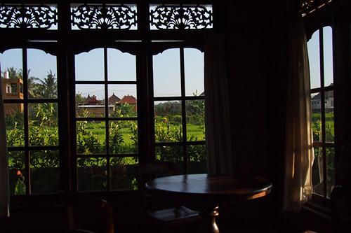 トランブラン・コテージの窓から