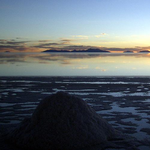 ウユニ塩湖の夕景(2005)